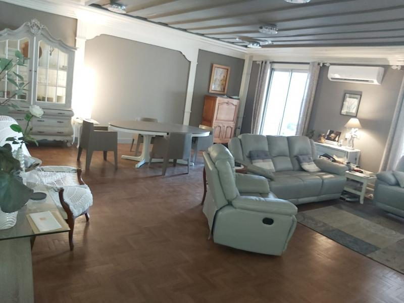 St Denis centre, grand appartement F5/6
